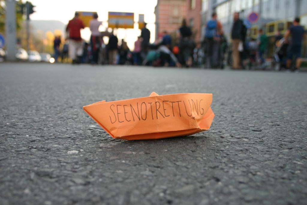 Demonstration in Jena: Seenotrettung ist kein Verbrechen!