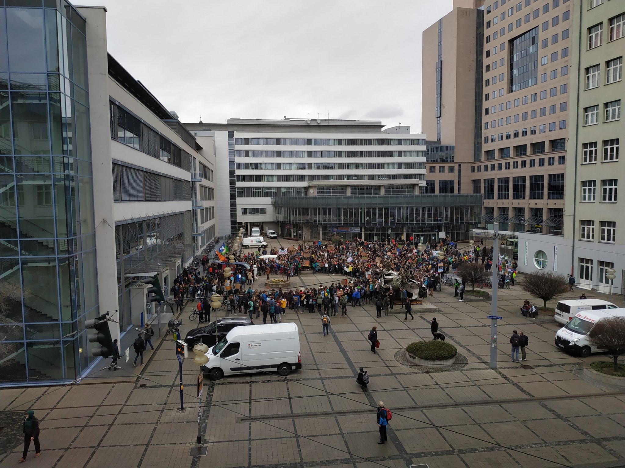 Video: 1000 Demonstrant*innen bei Friday for Future Streik in Jena