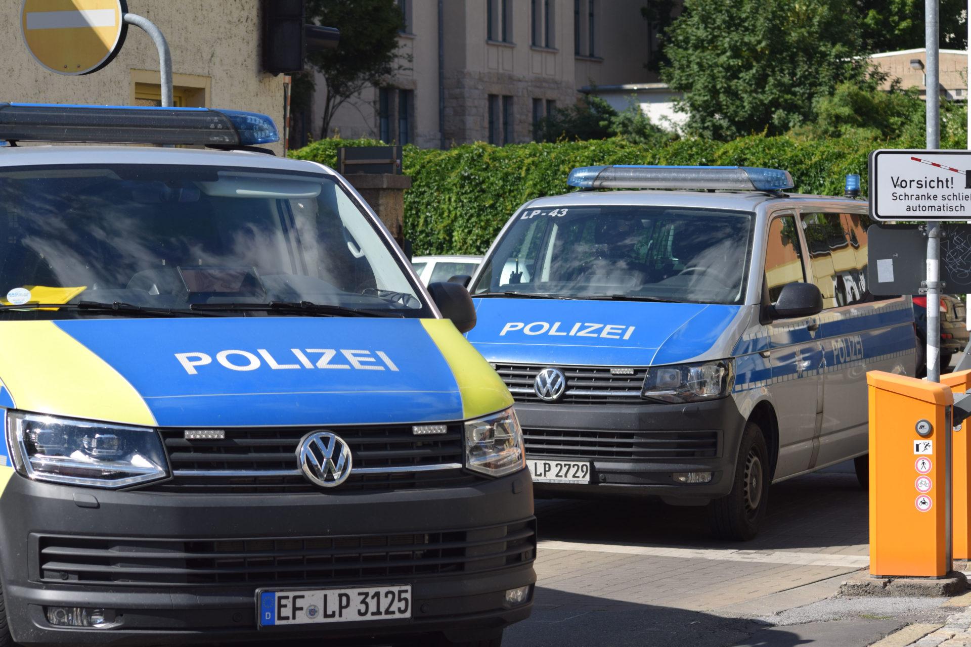 Neun Razzien nach rechtem Angriff in Erfurt