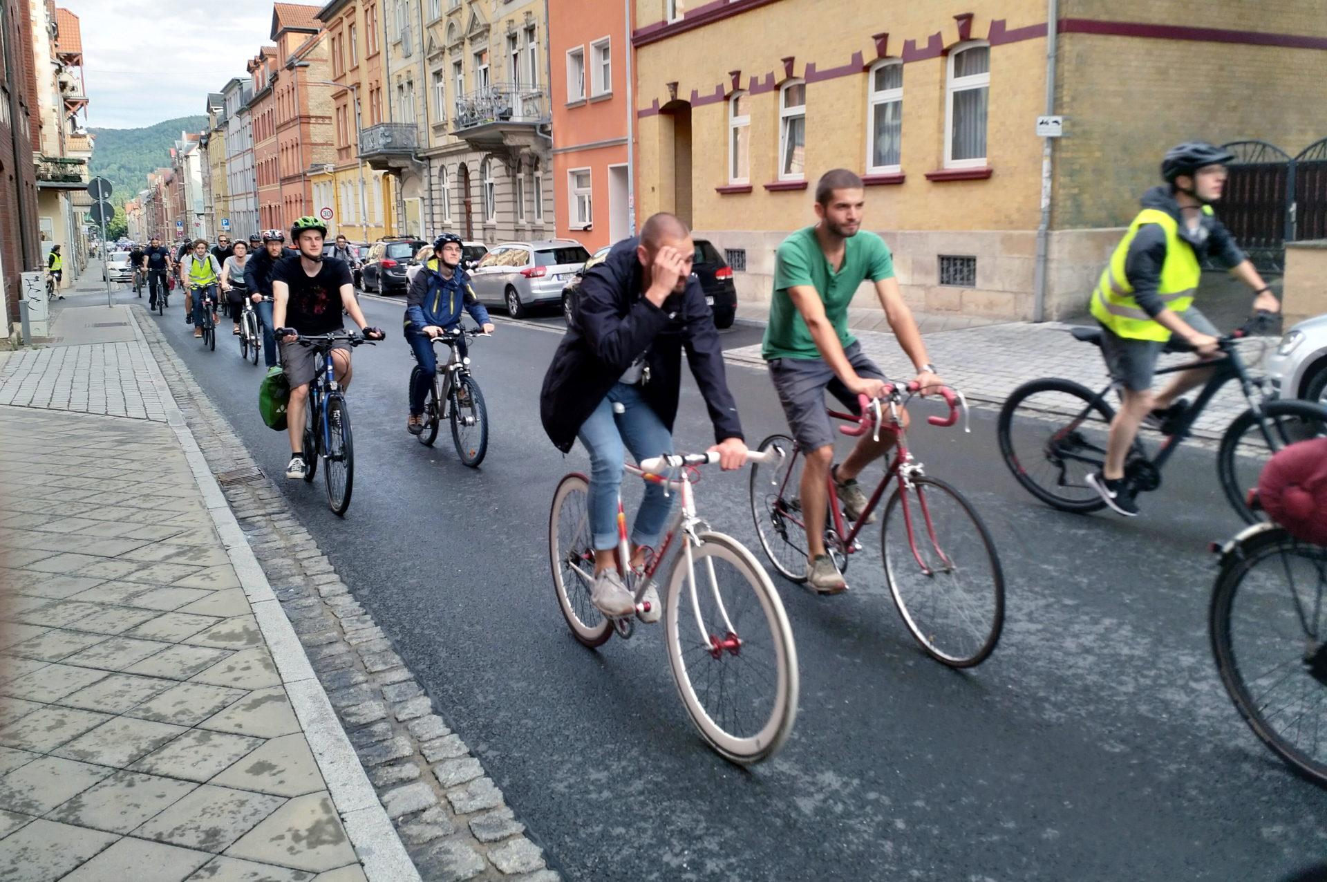 Fahrraddemo: Für Fahrradstraßen im Jenaer West-Kiez
