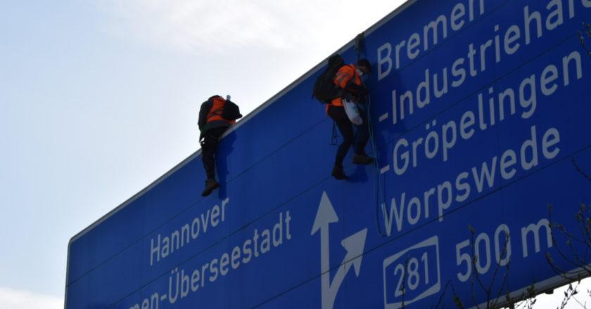 Klimaaktivist*innen schicken Bremer Autobahnen in den Lockdown