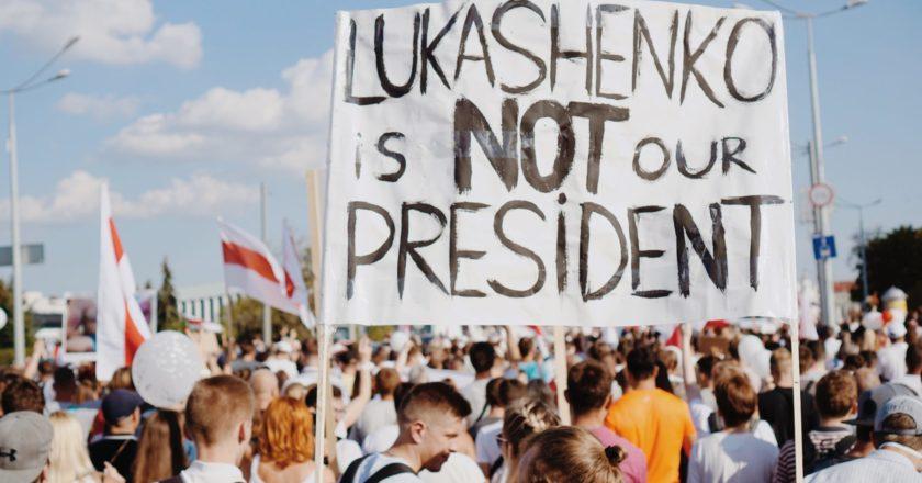 Solidarität mit Belarus: Kundgebung am Kirchplatz